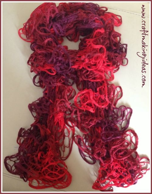 Red Knitted Ribbon Yarn Scarf